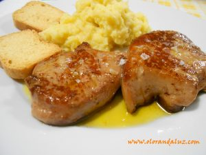 Foie con pure de manzana