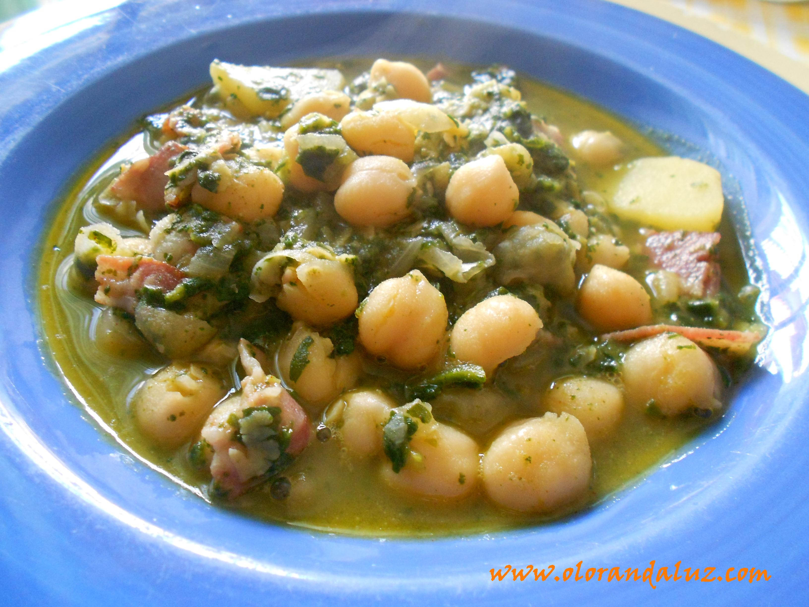 Potaje de garbanzos con espinacas olor andaluz - Potaje de garbanzos y judias ...