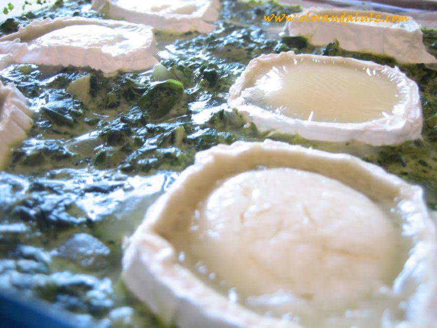 Espinacas a la crema con queso de cabra