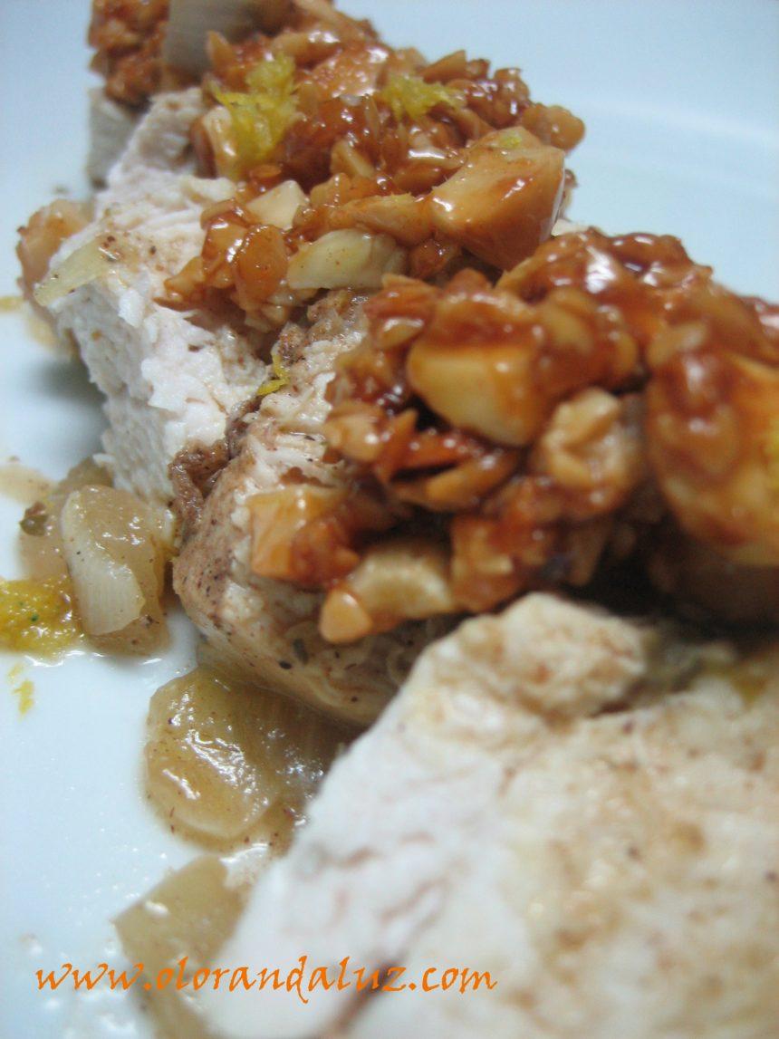 Pollo almendrado con miel