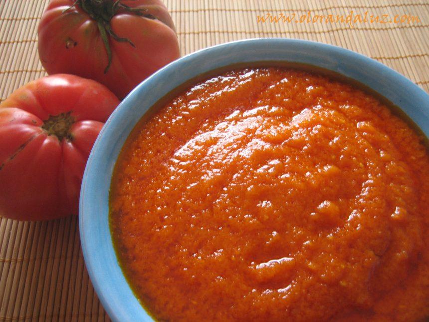 Salsa de tomate o tomate frito casero
