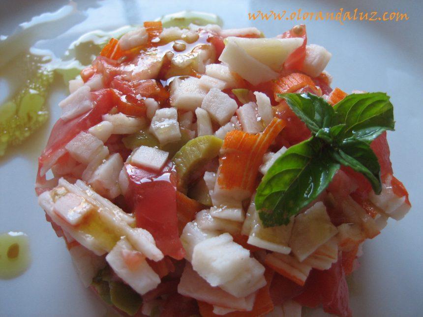 Tartar de tomate y surimi