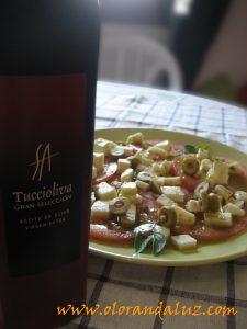 ensalada-tomate-queso-fresco-aceite de albahaca