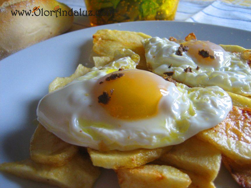 huevos-fritos-trufados